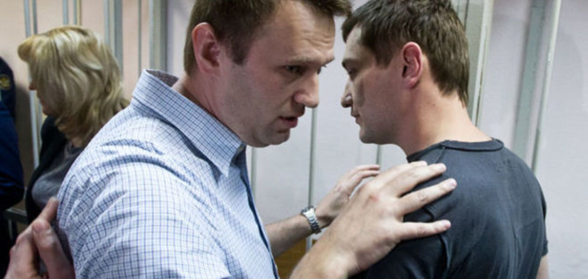 Навальный призвал уничтожить 'глумящихся и куражащихся подонков и подлецов' Кремля