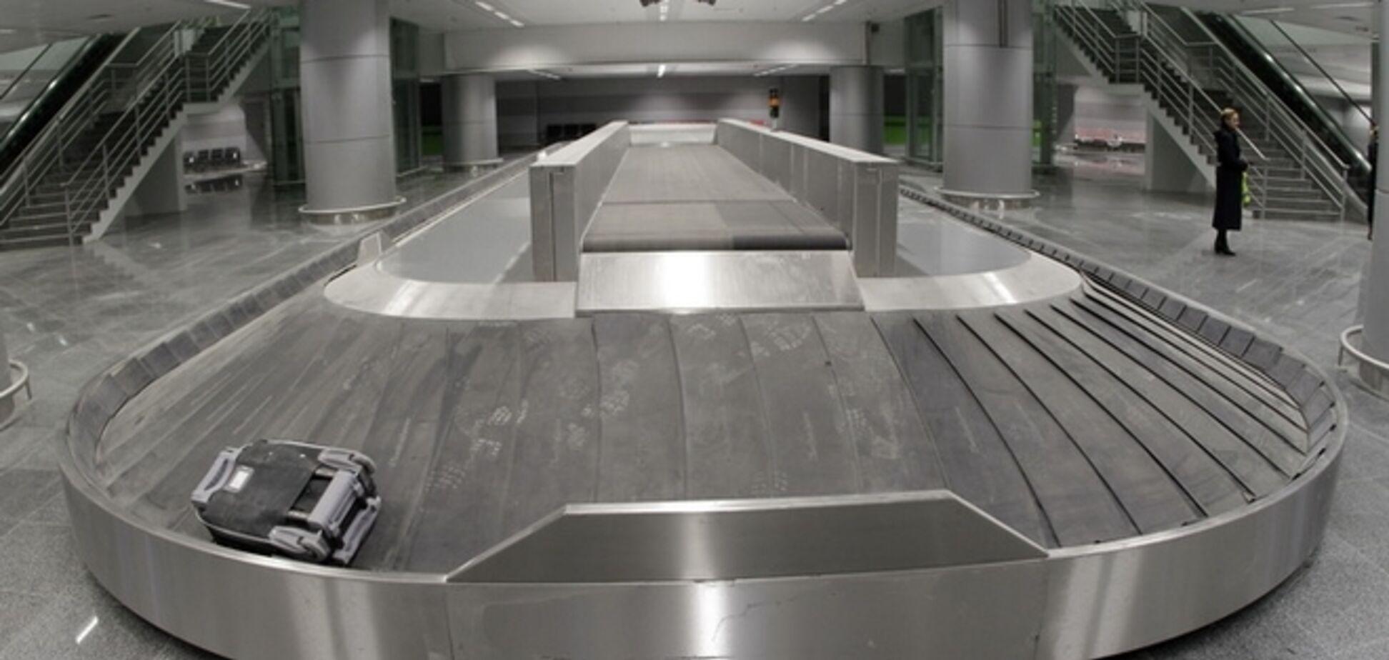 В римском аэропорту норвежец уснул на багажной ленте и поехал к рентгеновскому сканеру
