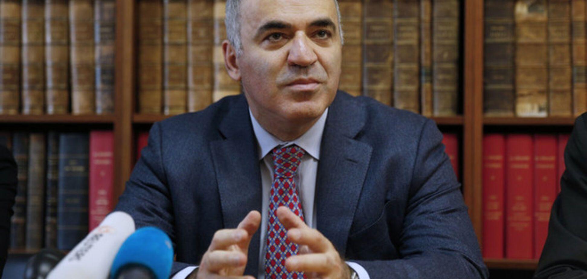 Каспаров сравнил перспективы Украины и России: РФ катится в бездну