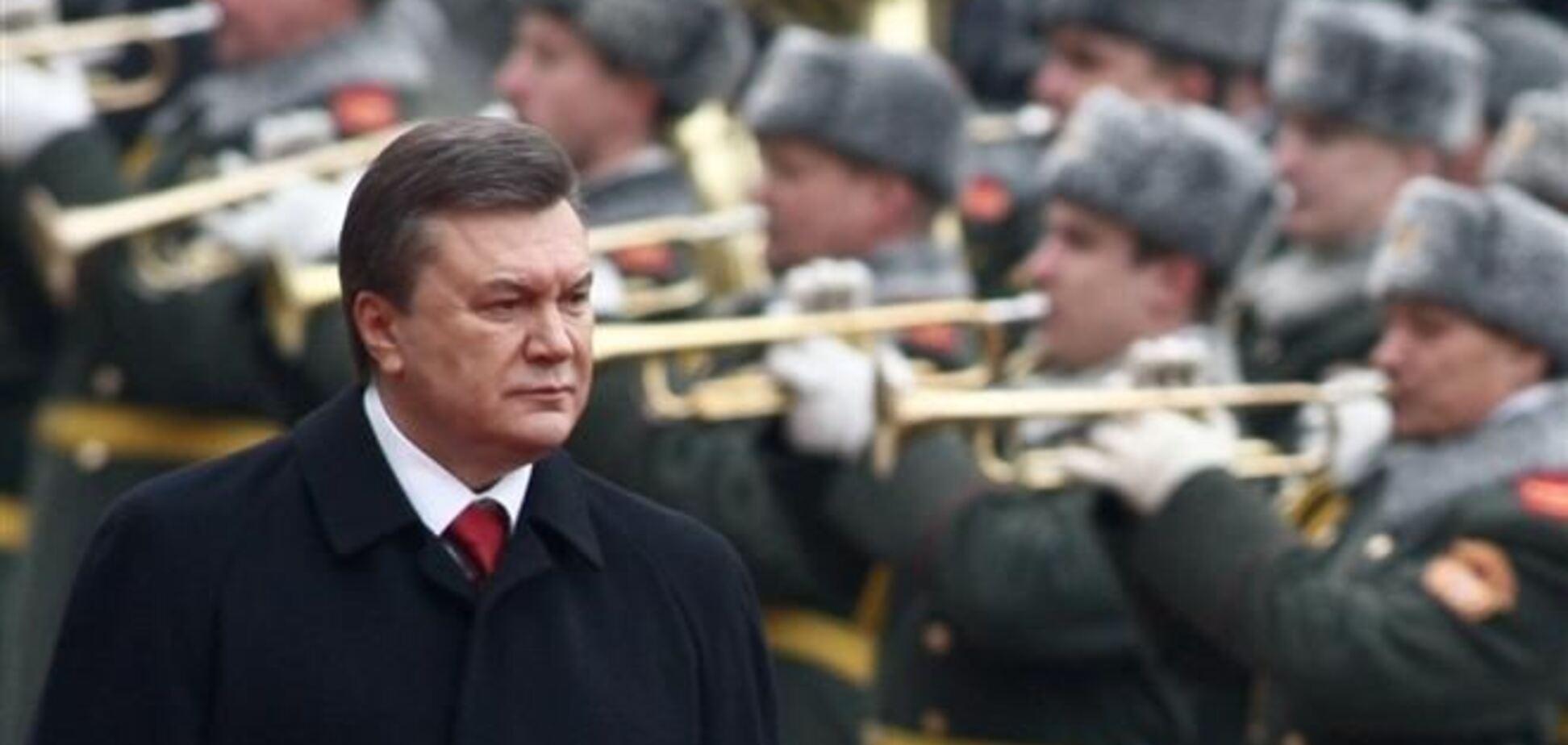Лебедєв провів в армії соцопитування щодо виявлення супротивників Януковича