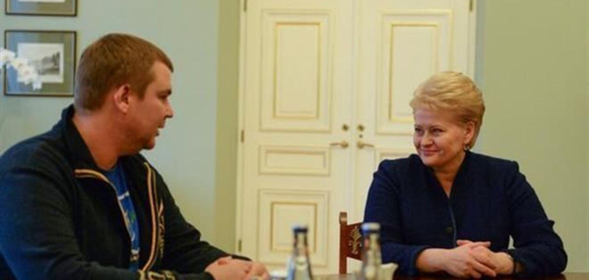 Булатов поблагодарил президента Литвы за помощь