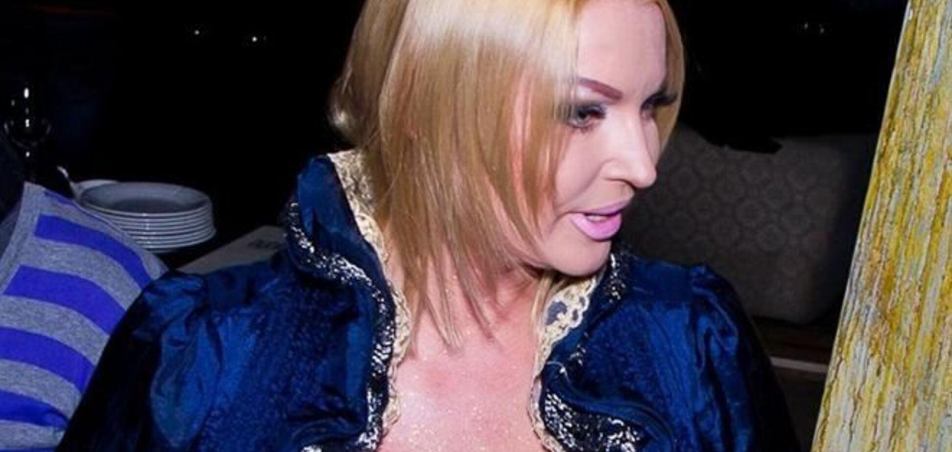 Волочкова показала фото в постели и без макияжа