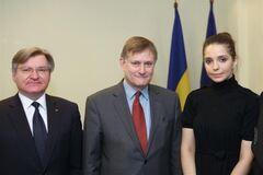 НАТО поддерживает Украину в борьбе за демократию