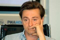 Безруков: тяжело смотреть Олимпиаду, когда в Киеве гибнут люди