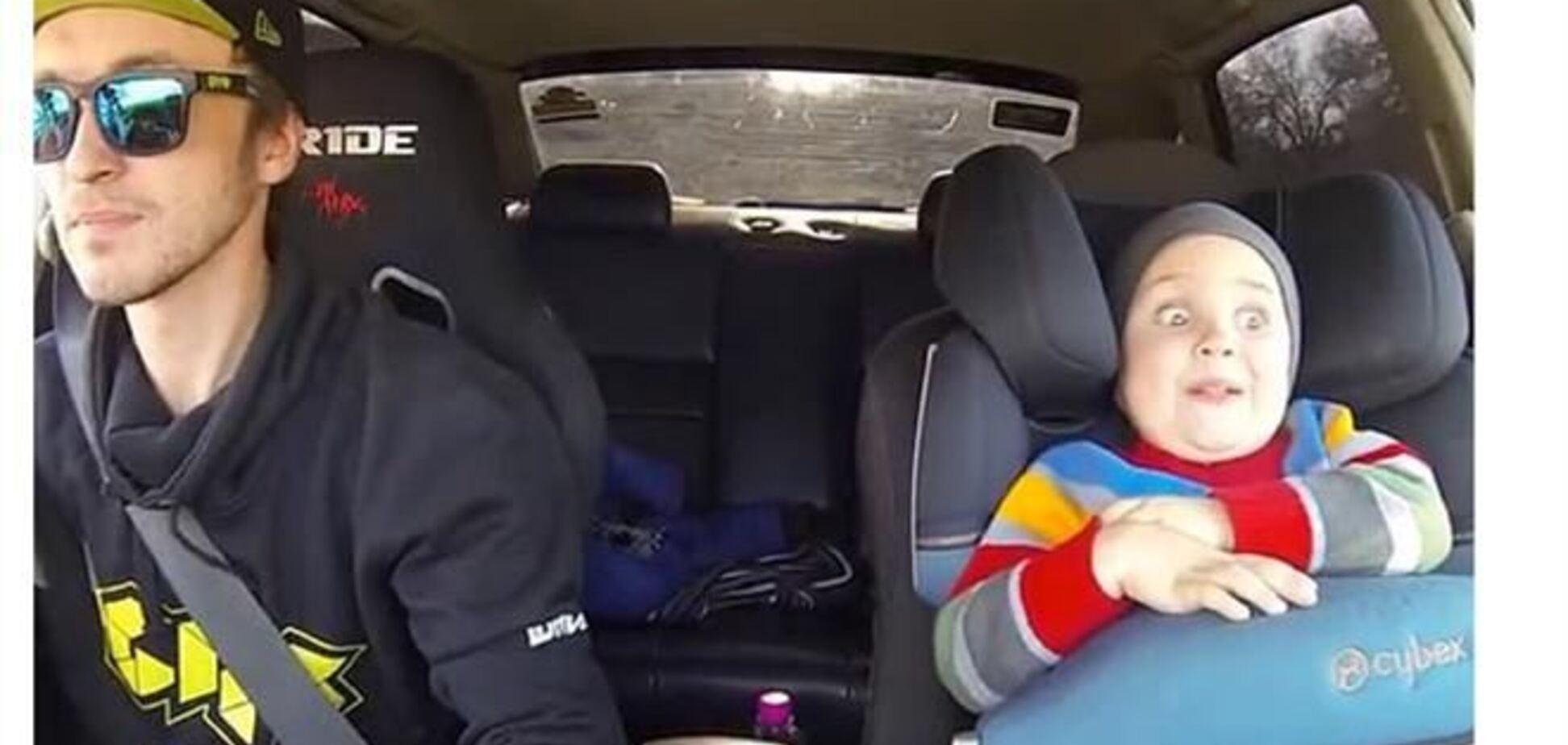 Папа-гонщик устроил малышу поездку всей его жизни