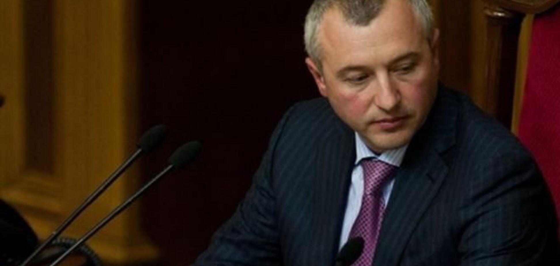 У КПУ заявили про грабіж невідомими будинку екс-спікера ВР Калетника