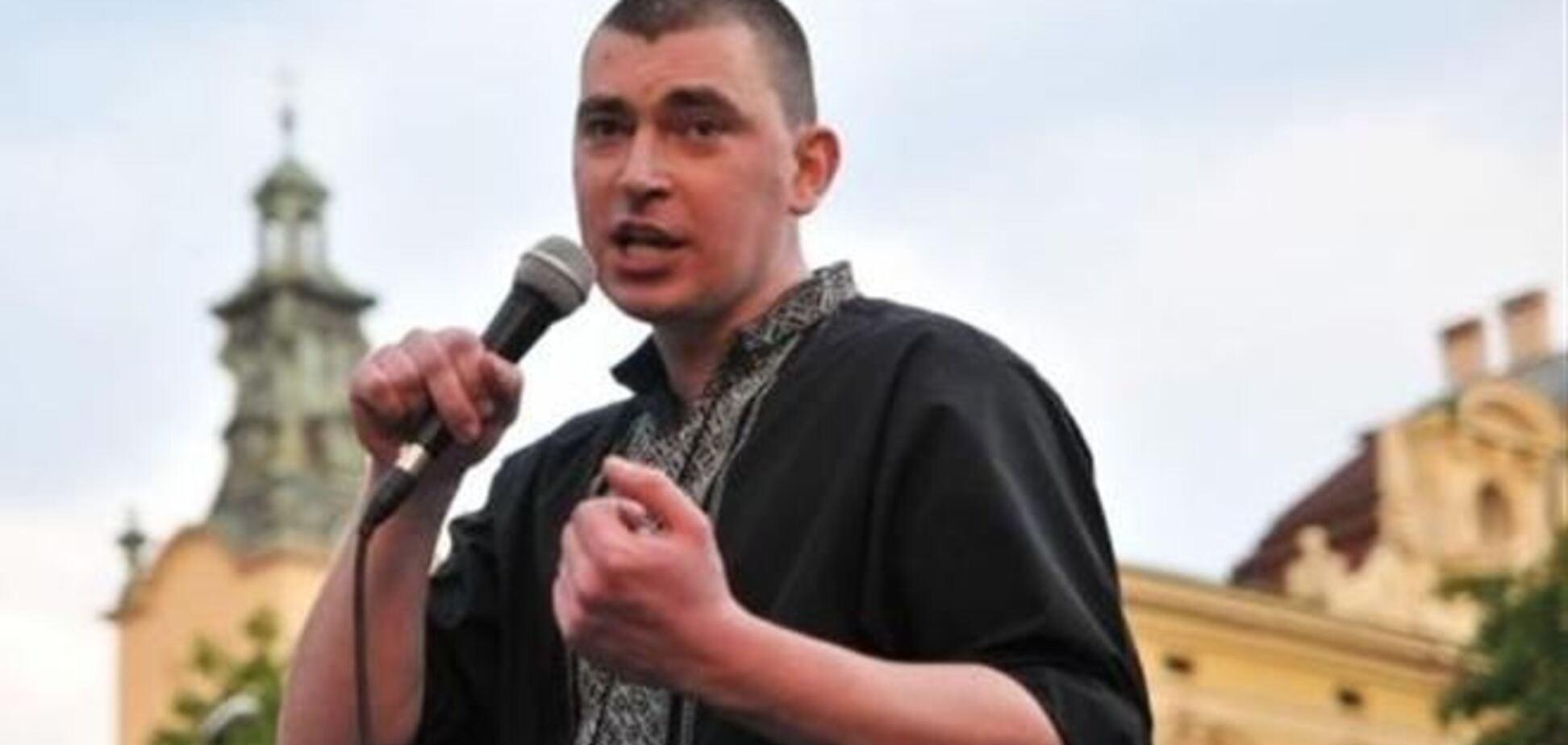 Свободівець Михальчишин не знає, що зробити з Клюєвим