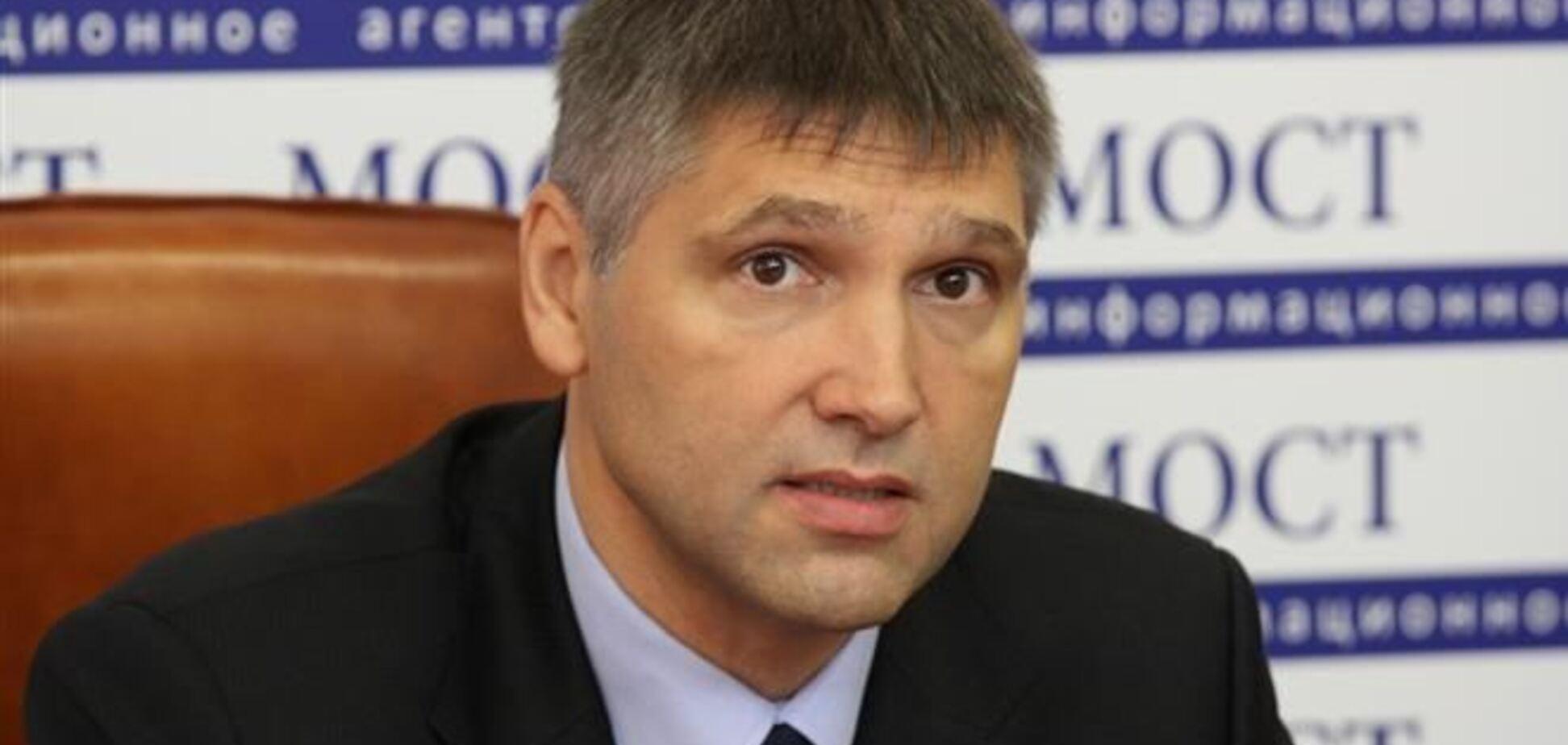 Мирошниченко считает разговоры о федерализации Украины опасной тенденцией