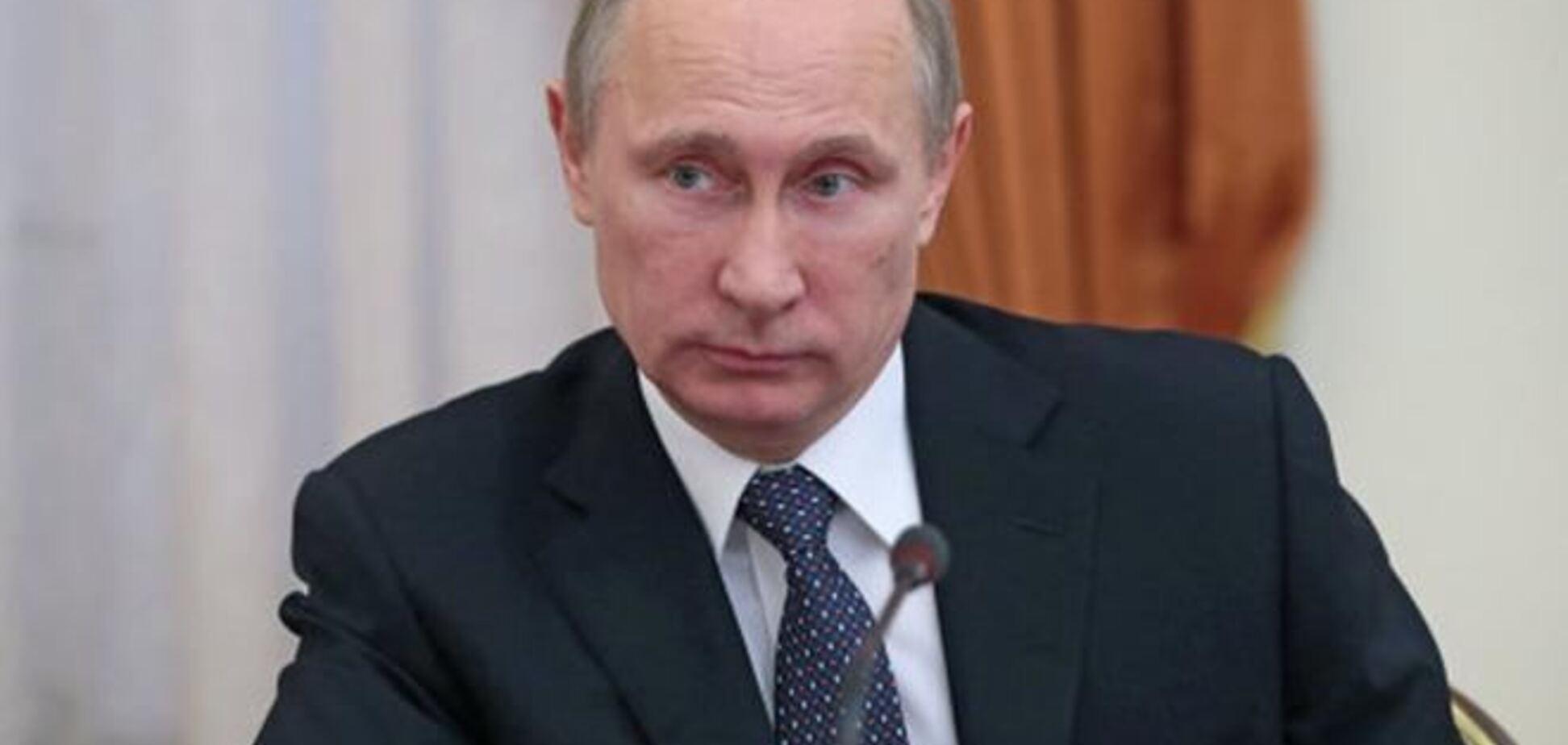 Путин попросил у СФ разрешения использовать войска в Украине