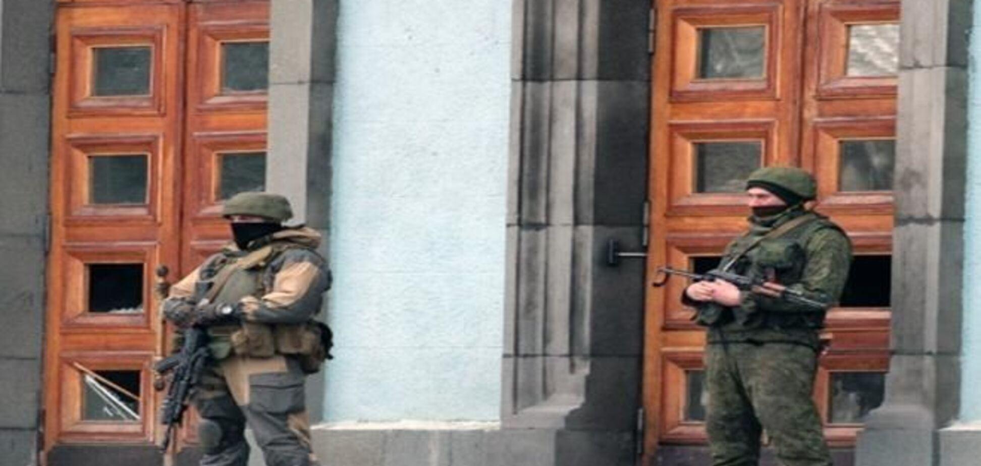 Янукович поддержал введение войск в Крым