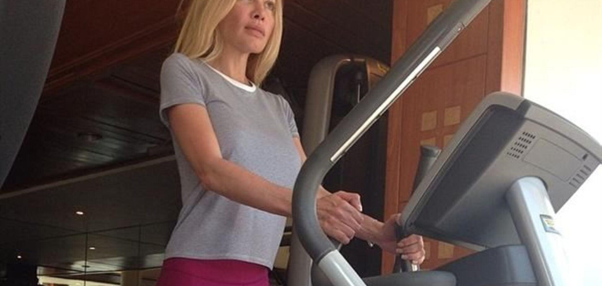 Жена Кернеса показала, как потеет на тренажерах
