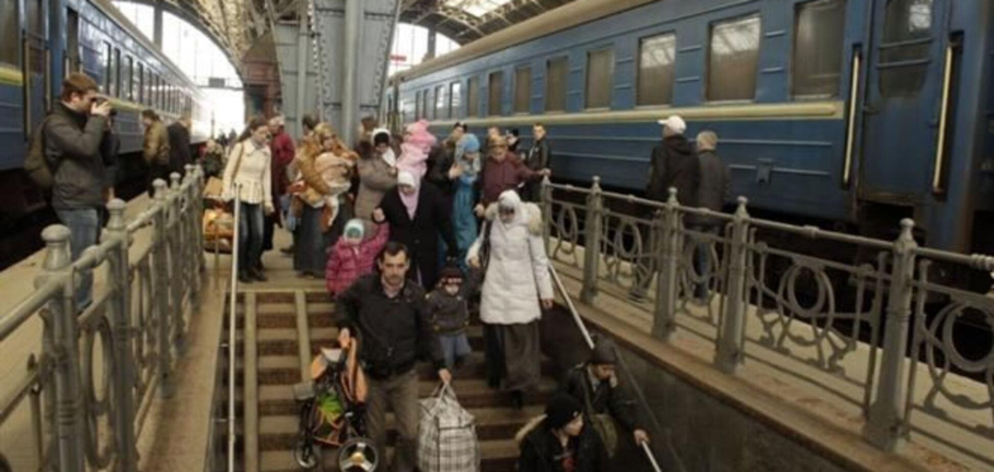 Крымские беженцы предпочитают 'бандеровцев' российским 'освободителям' с автоматами