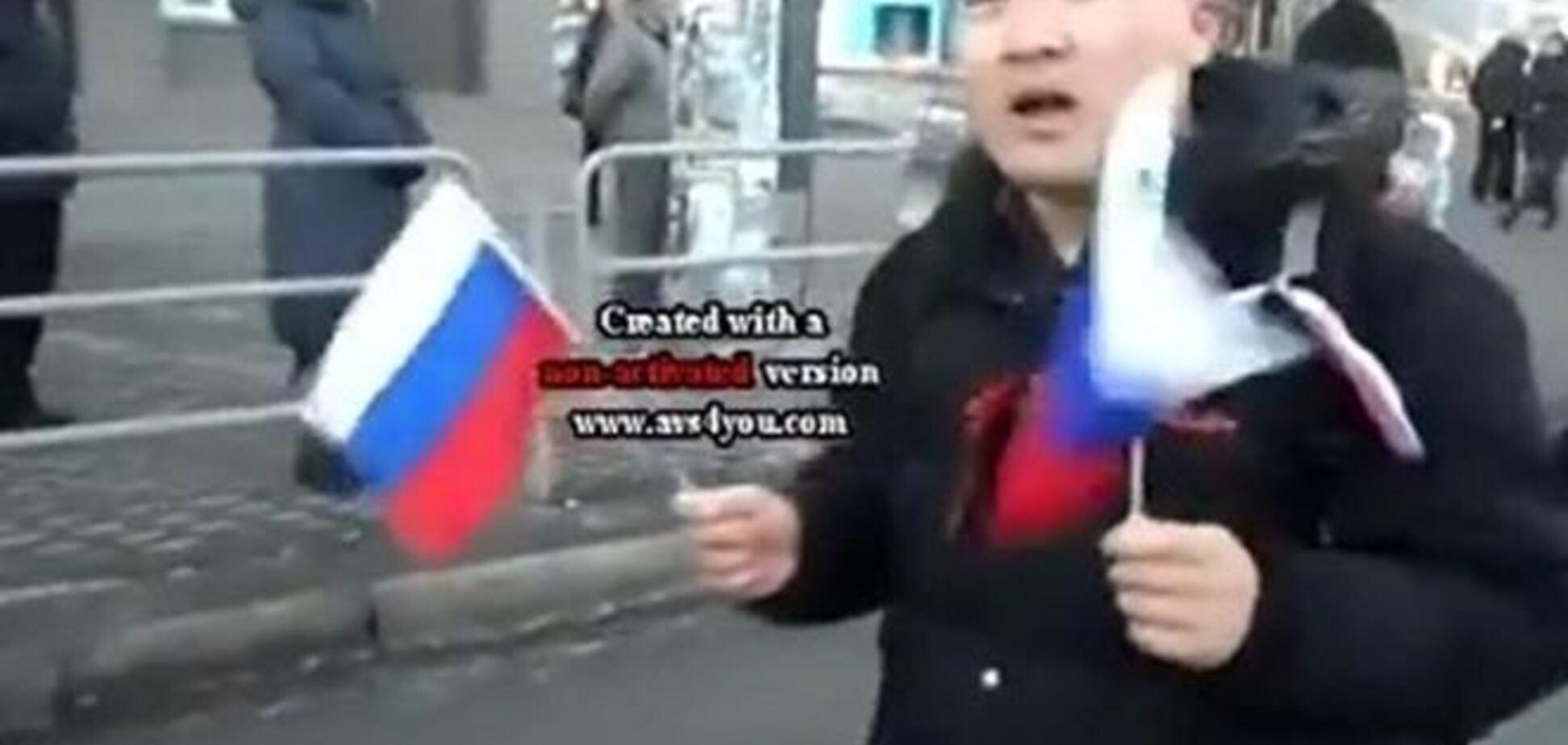 На митинге в Крыму чукча с флажками России назвался 'бандерой'