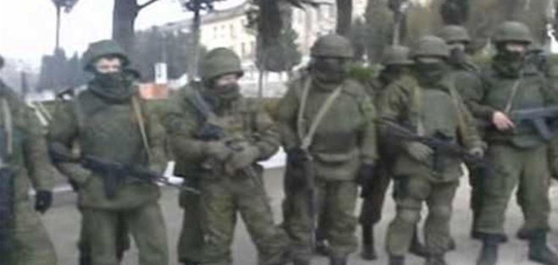 Обезоруженный офицер украинской армии в одиночку остановил отряд вооруженных автоматчиков