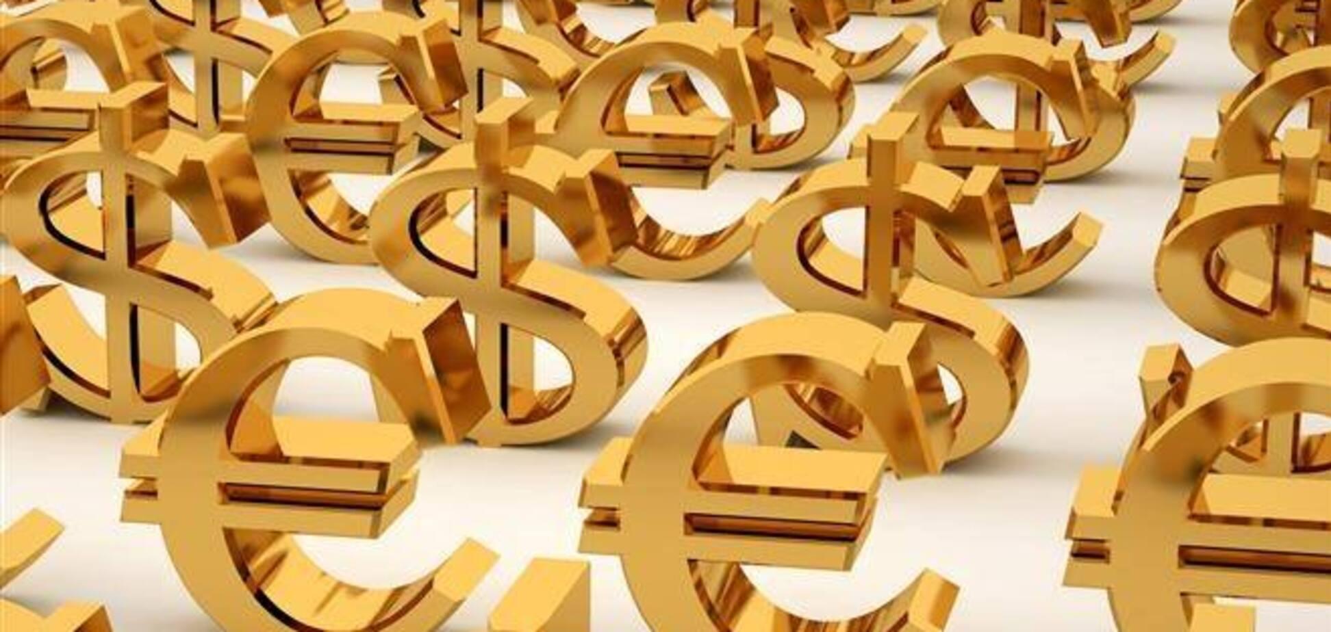 К закрытию межбанка доллар вновь подорожал