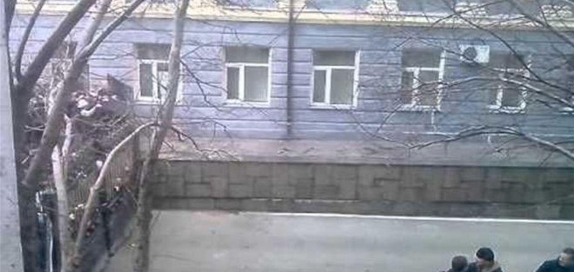 Пророссийские активисты штурмом захватили Донецкую ОГА