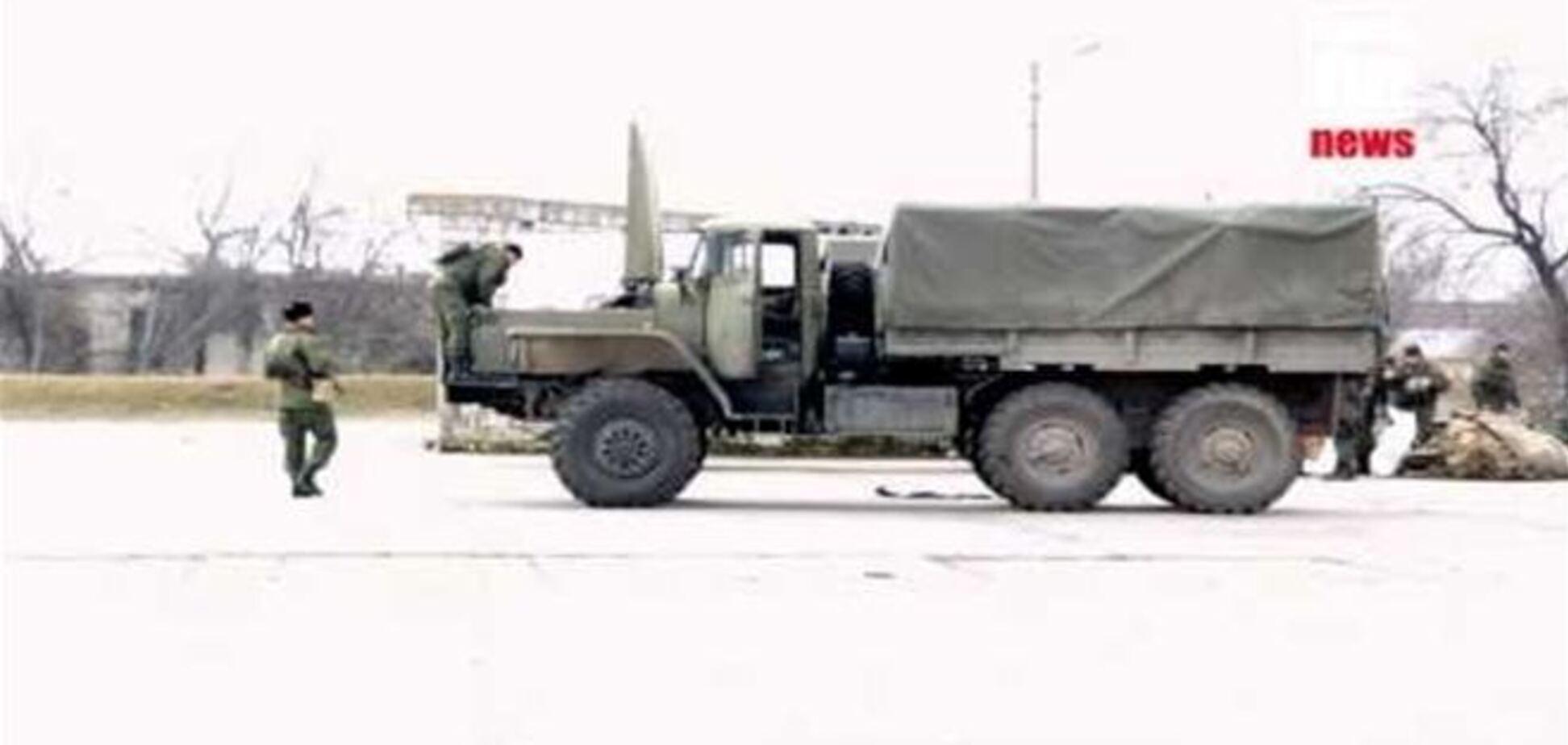 Российские военные покидают паромную переправу Керчи