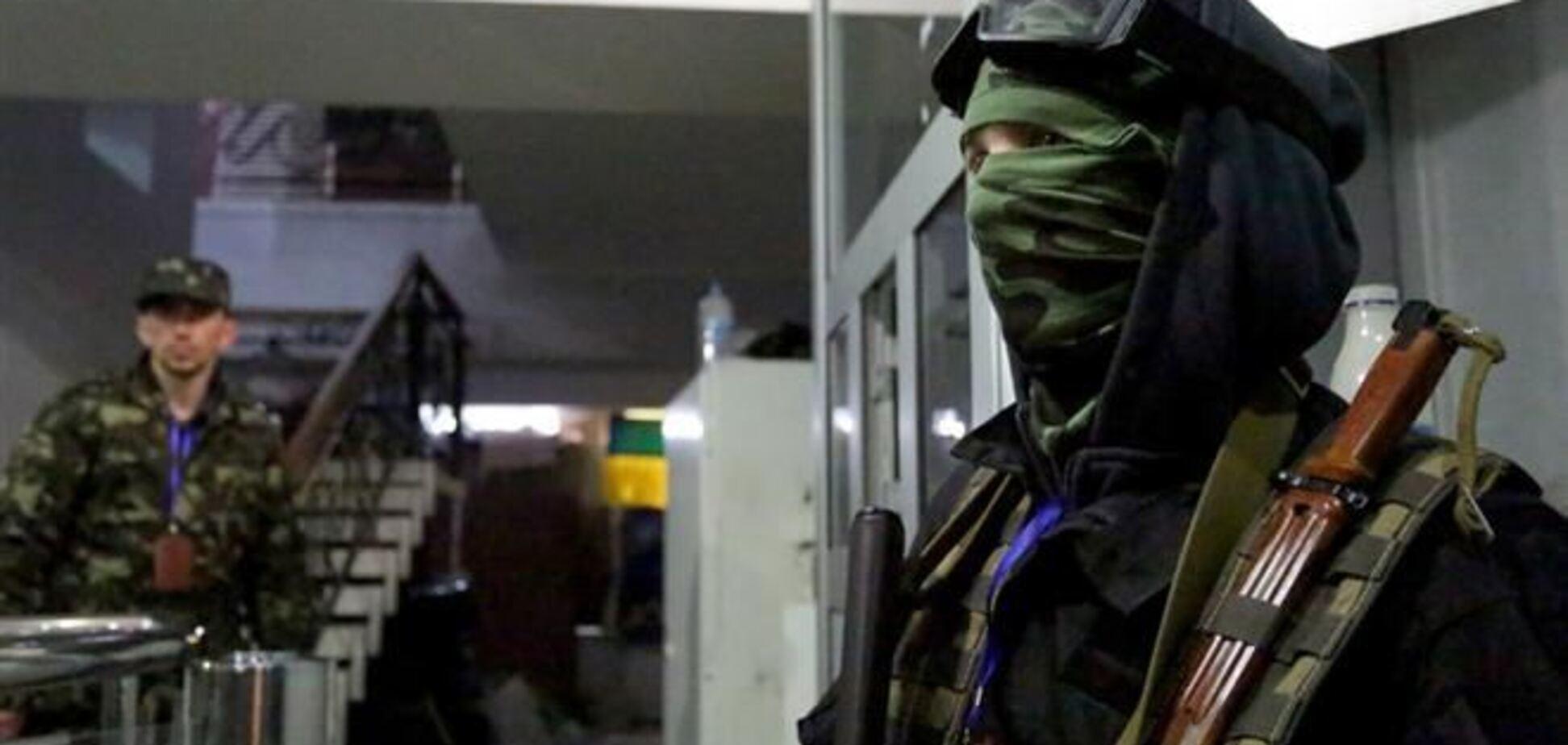 В Краматорске захватили горотдел милиции: есть раненый