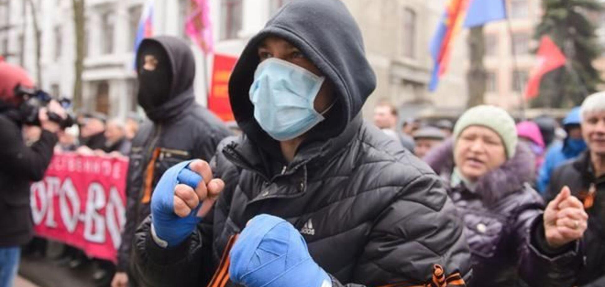 После нападения на евромайдановцев в Харькове пострадало 14 человек
