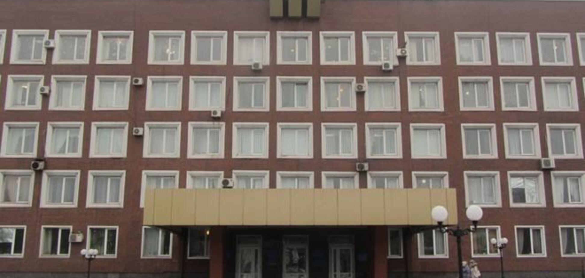 В Енакиево сепаратисты заблокировали здание горисполкома