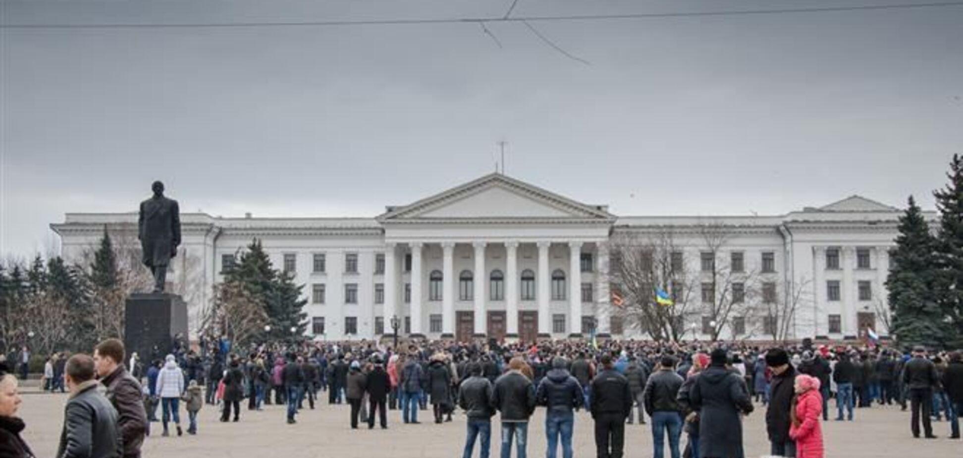 На участников проукраинского митинга в Краматорске напали сепаратисты