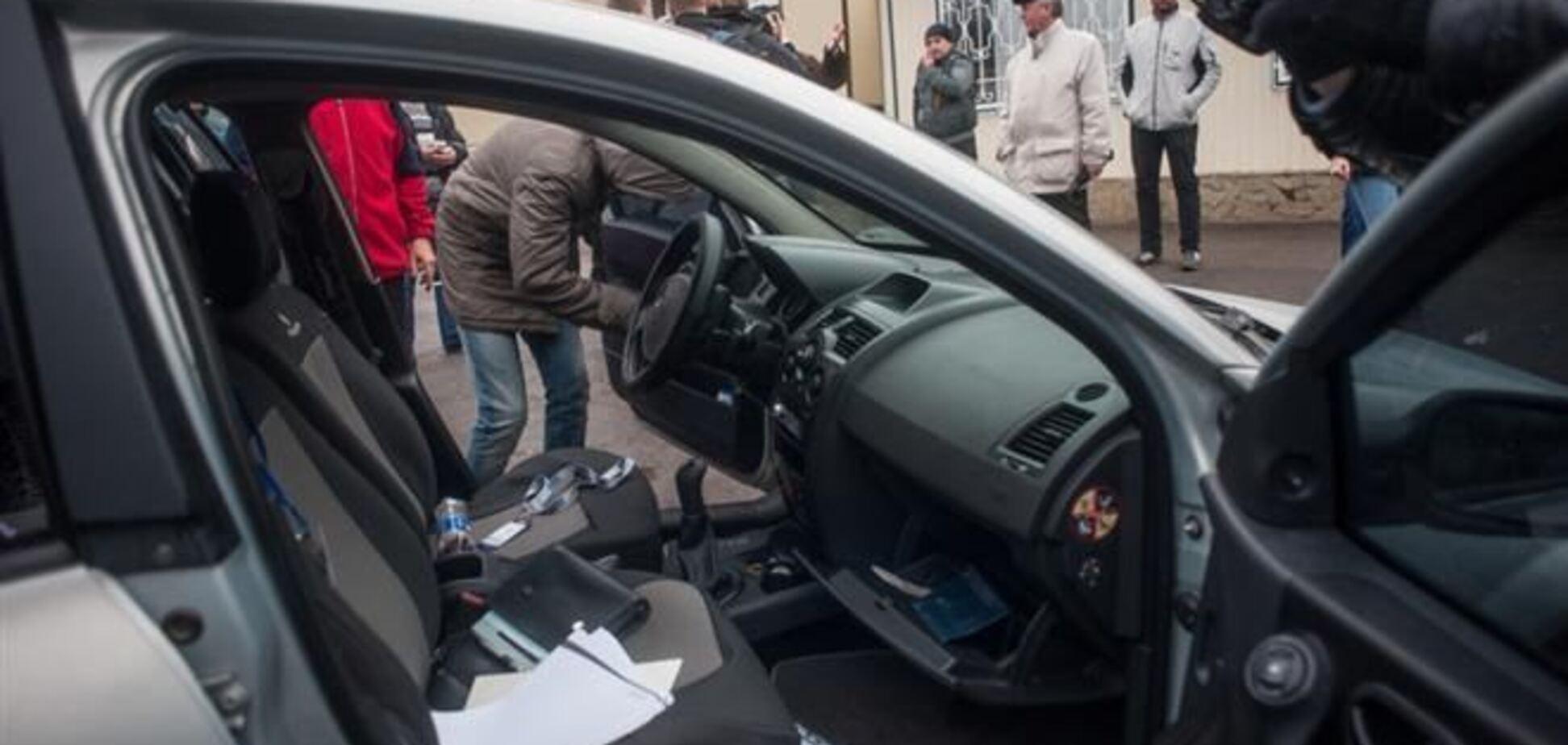 Тымчук: экстремисты в Славянске отбирают авто 'для нужд Донецкой Республики'