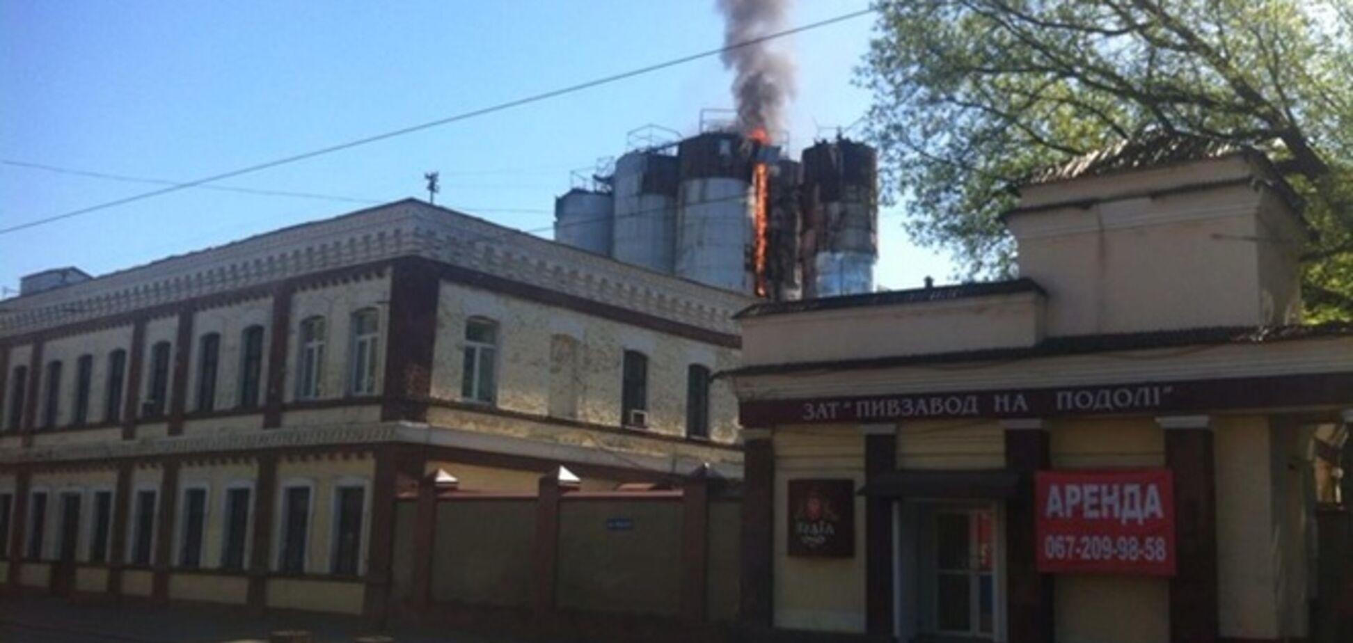В Киеве горит пивзавод