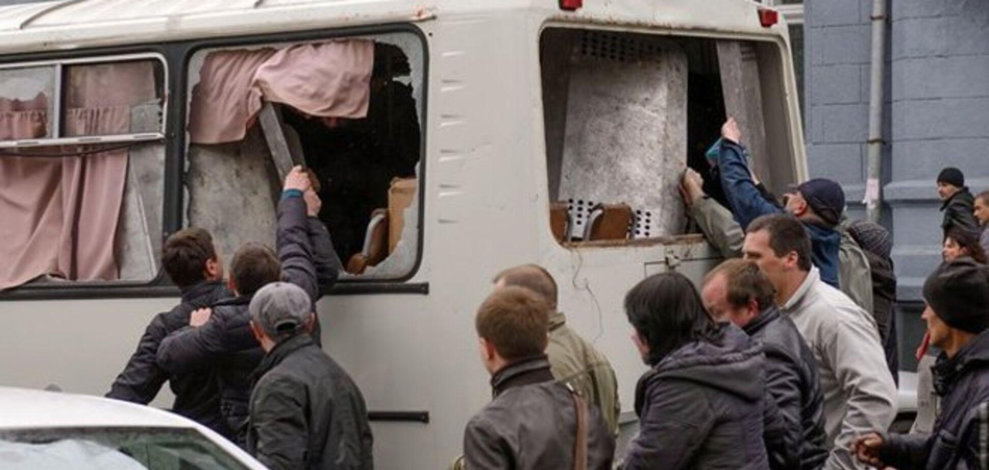В Харькове задержали организатора нападения на автобус с военными