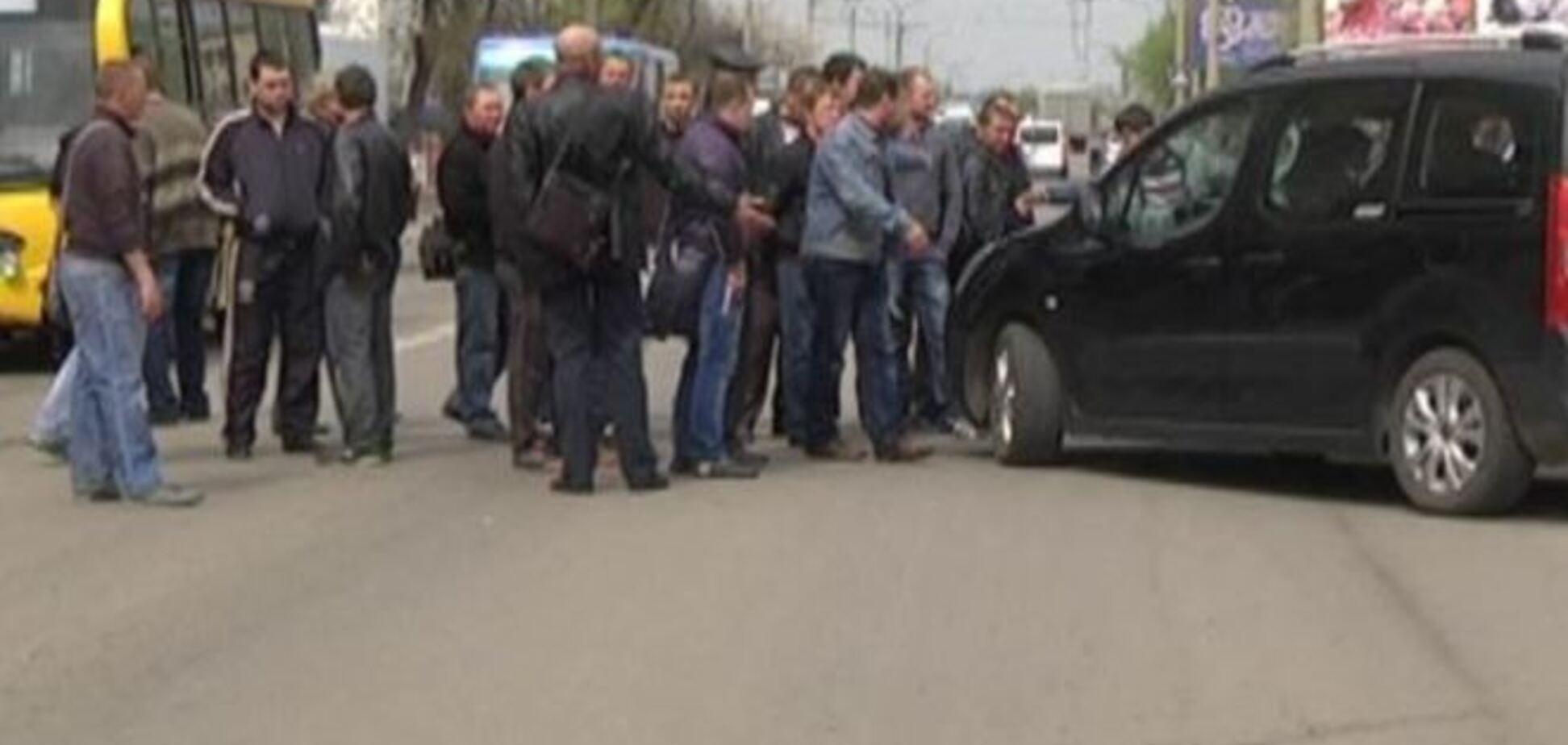 В Краснодоне снова появились блокпосты, на них дежурят российские журналисты