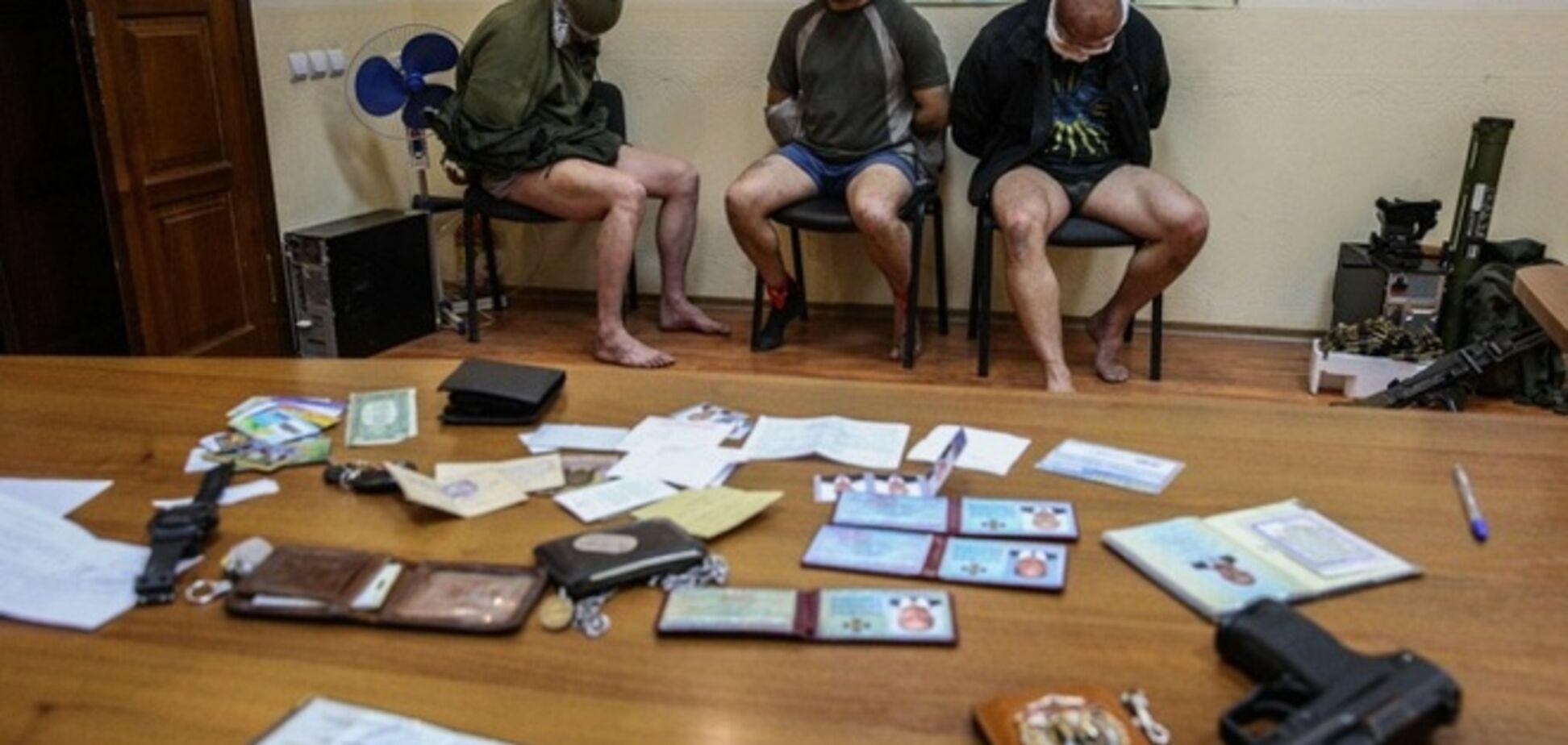 Офицеров СБУ и инспекторов ОБСЕ захватили 'классические террористы' - СНБО