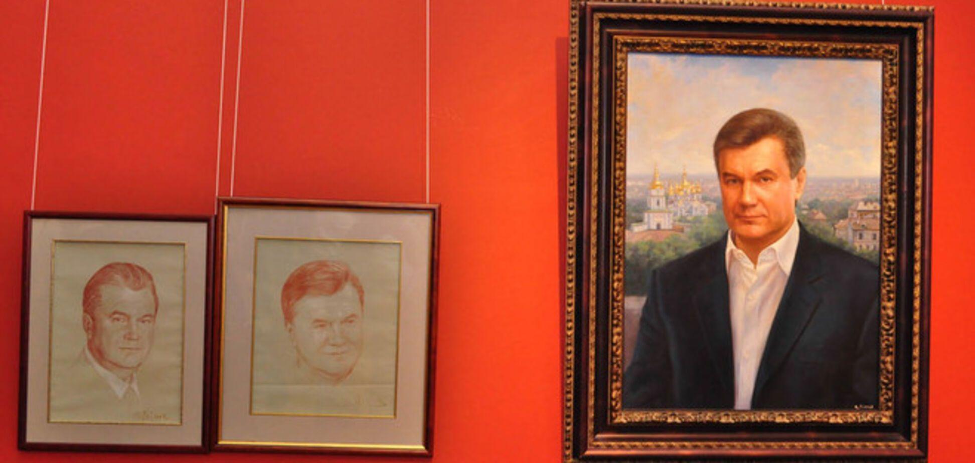 Сокровища Януковича выставили в музее: на выставку стоят очереди