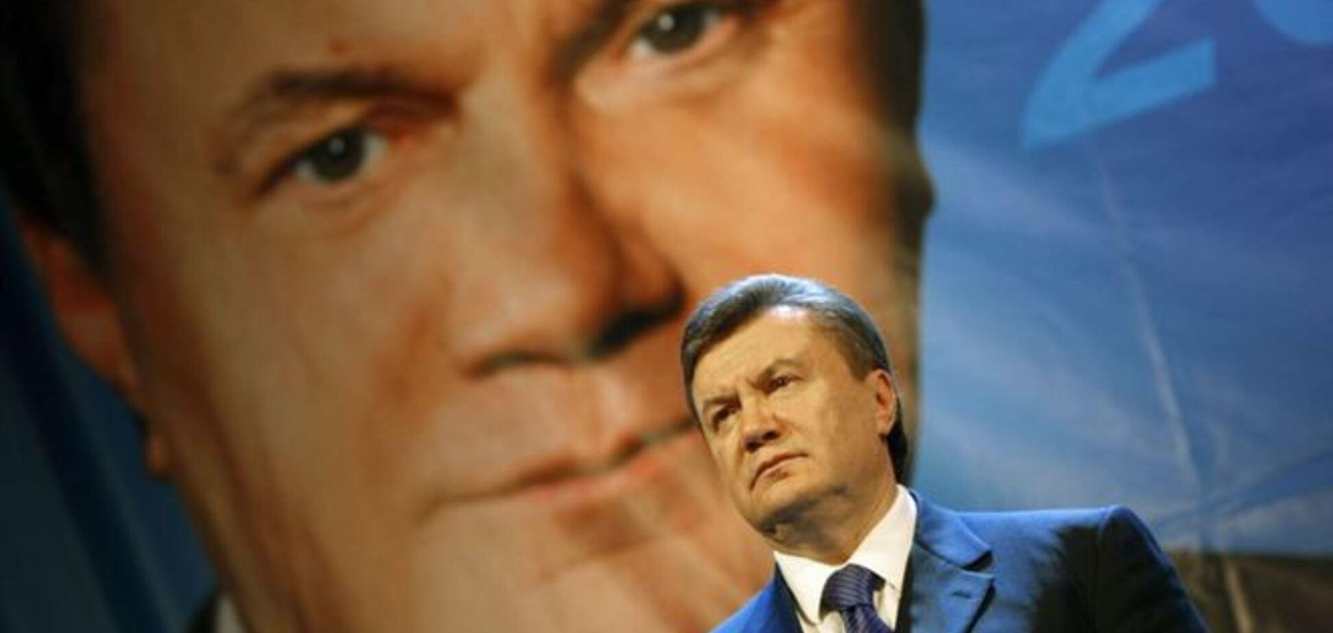 Янукович, как Майкл Джексон, заботился о красоте и спал в барокамере