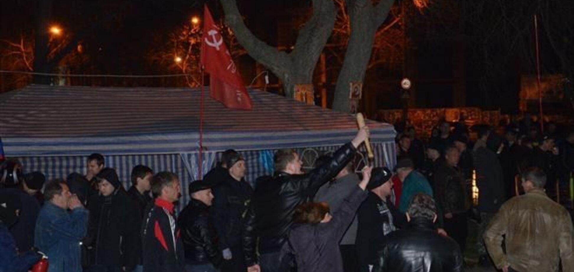 Сепаратистів в Миколаєві майданівці розганяли під 'Слава Україні!'
