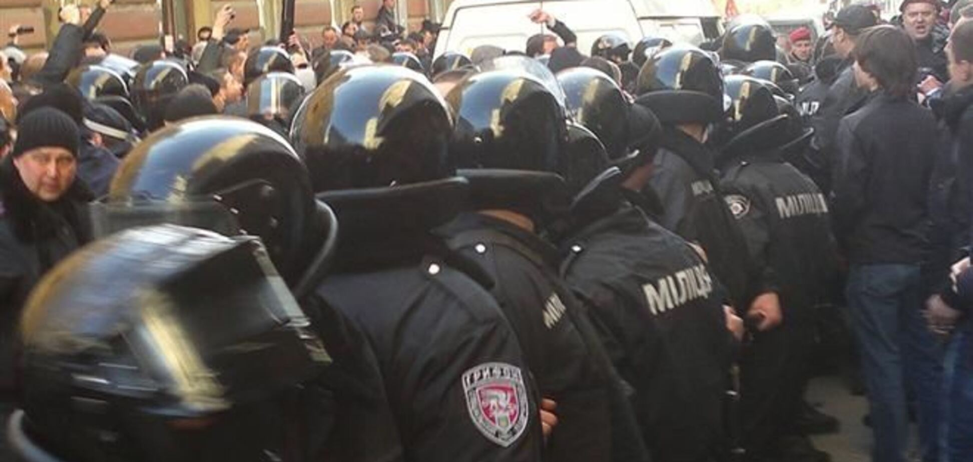 Луганская милиция приведена в состояние боевой готовности
