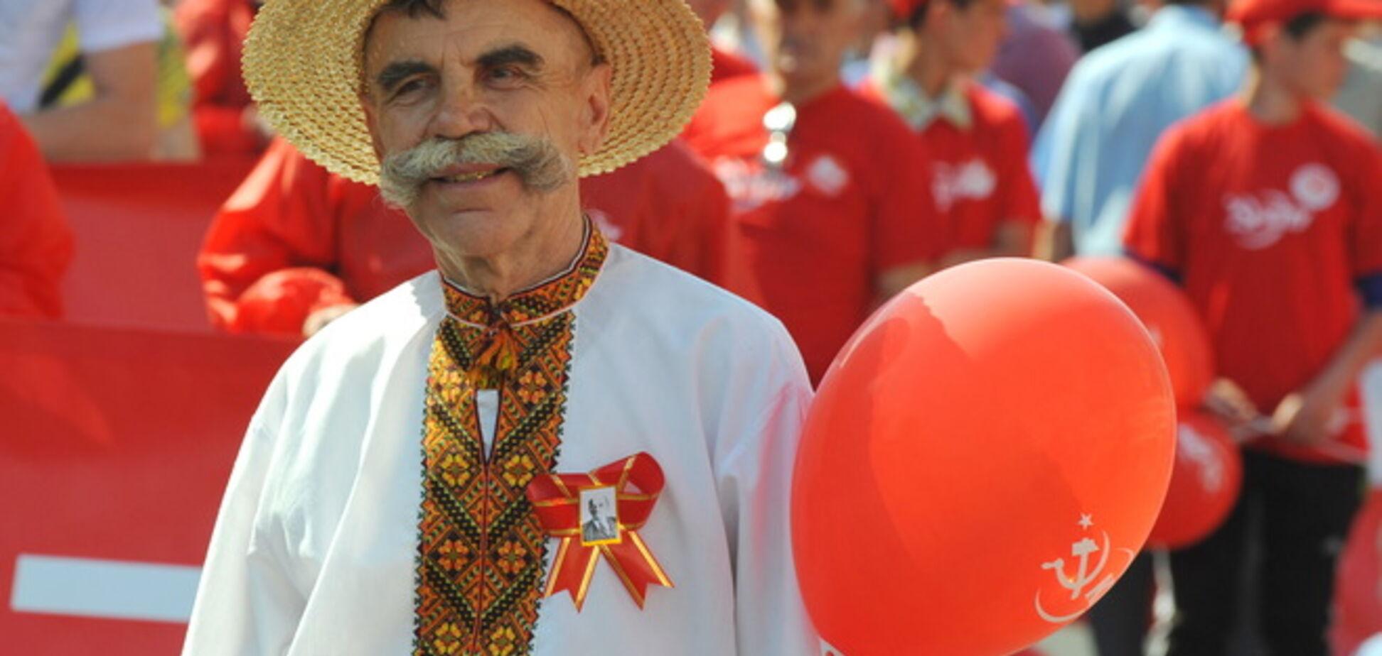 В Україні 1 травня мітингували проти 'хунти' і співали: 'Путін - х ** ло'