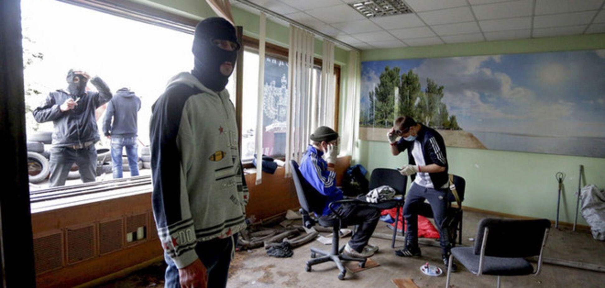 Похищенный 9 мая начальник Мариупольского горуправления милиции найден повешенным - СМИ
