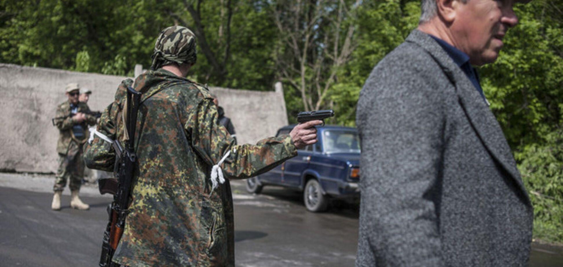 У Донецьку терористи викрали з музею зброю часів Другої світової