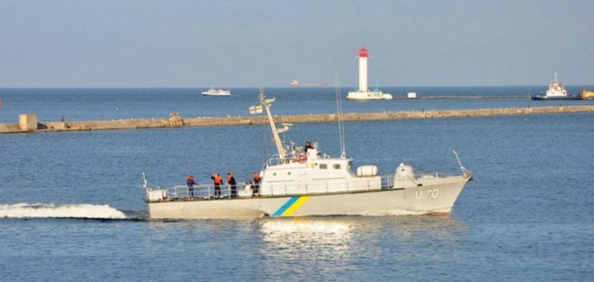 Бойові кораблі і катери ВМС України провели військові навчання