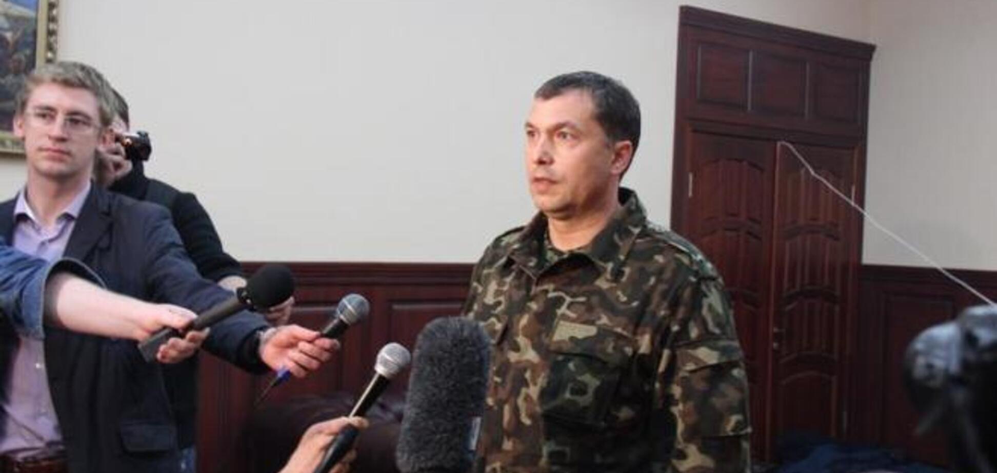 Госпогранслужба подтвердила выезд в Россию 'губернатора Луганщины'. Турчинов требует объяснений