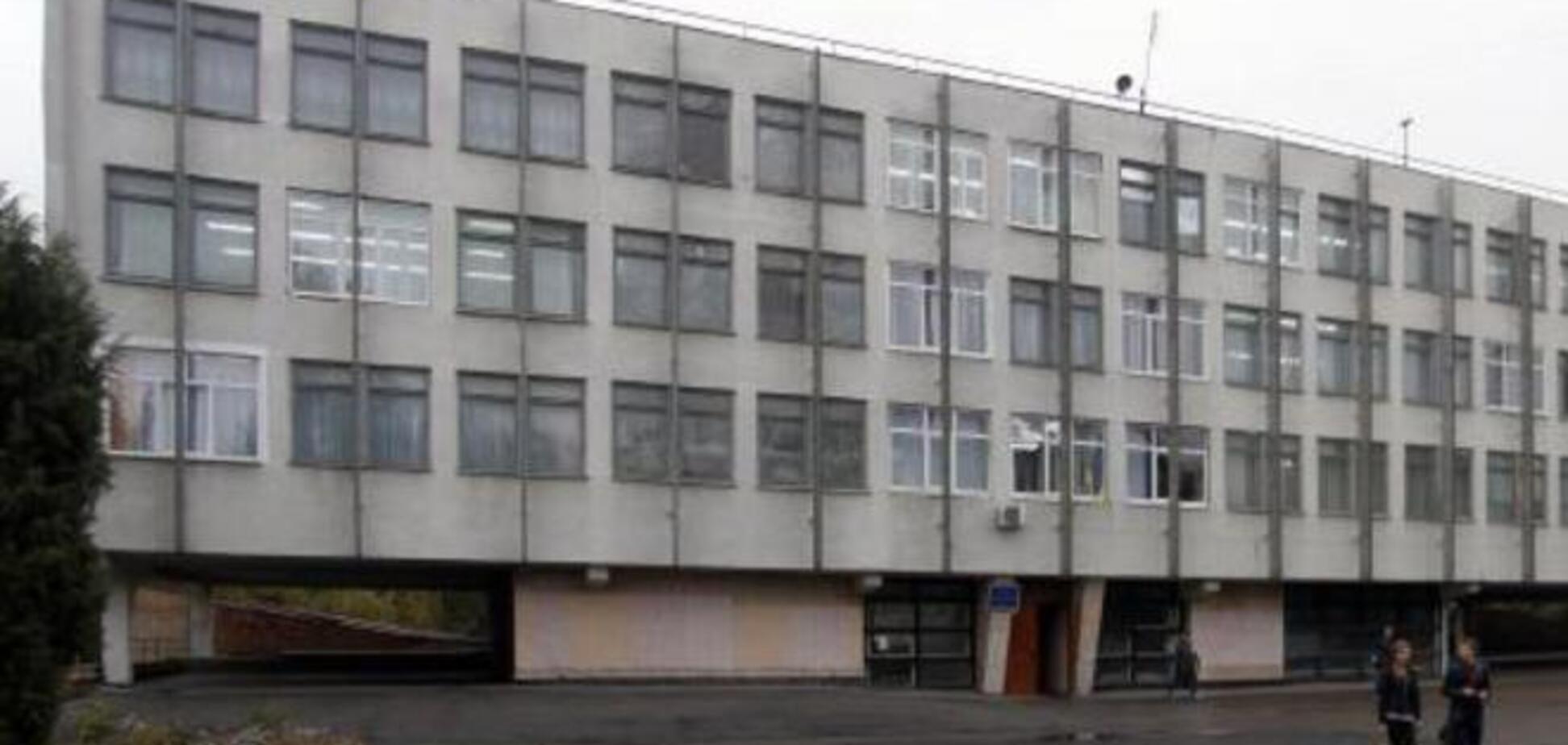 В Луганске освободили похищенную террористами директора школы