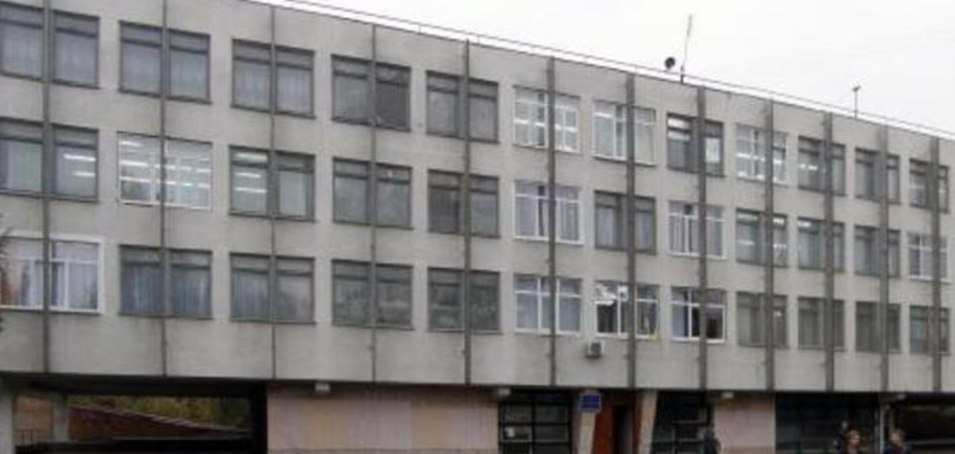 Директор школы в Луганске, похищенная террористами, отказалась от показаний