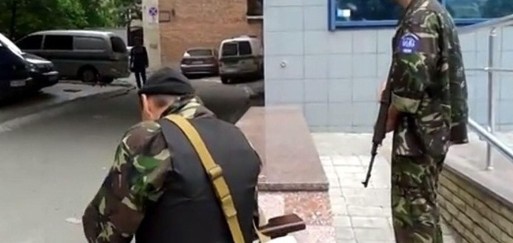 Террористы захватили управление Донецкой железной дороги