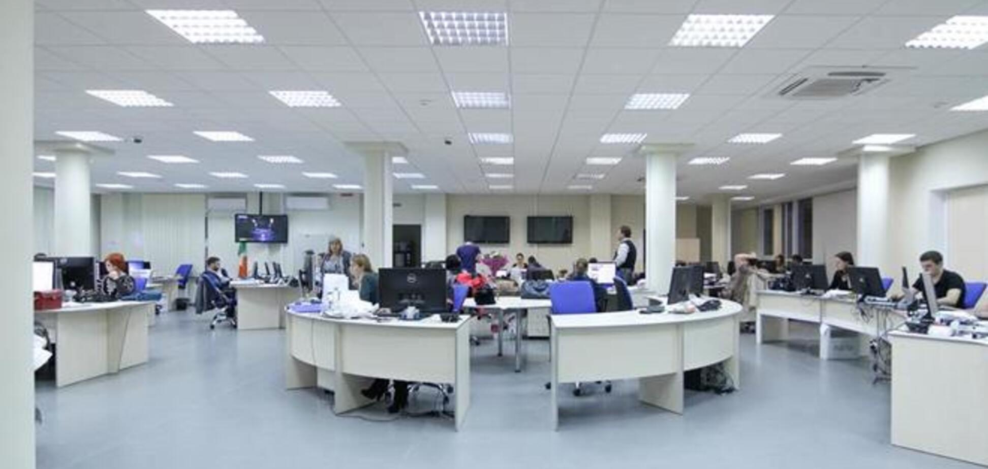 Податкова міліція заблокувала редакцію газети 'Вести'