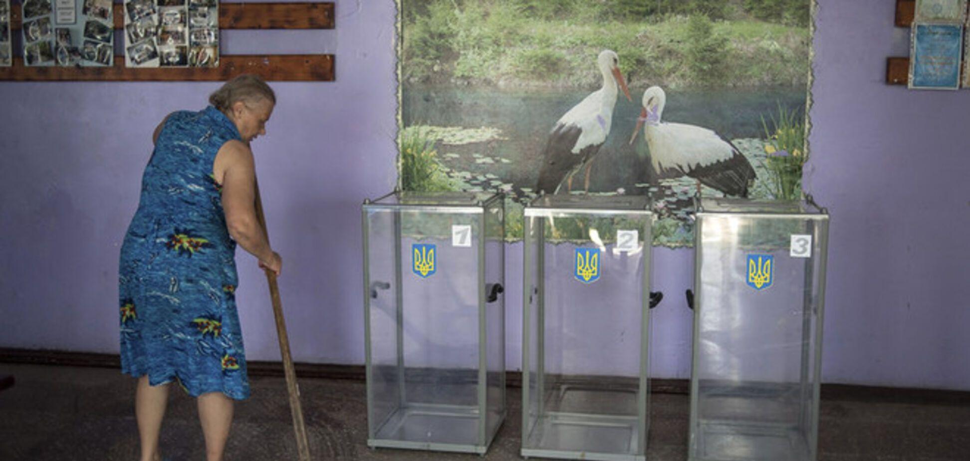 Комитет избирателей: ситуация вокруг избиркомов на Донбассе ухудшается