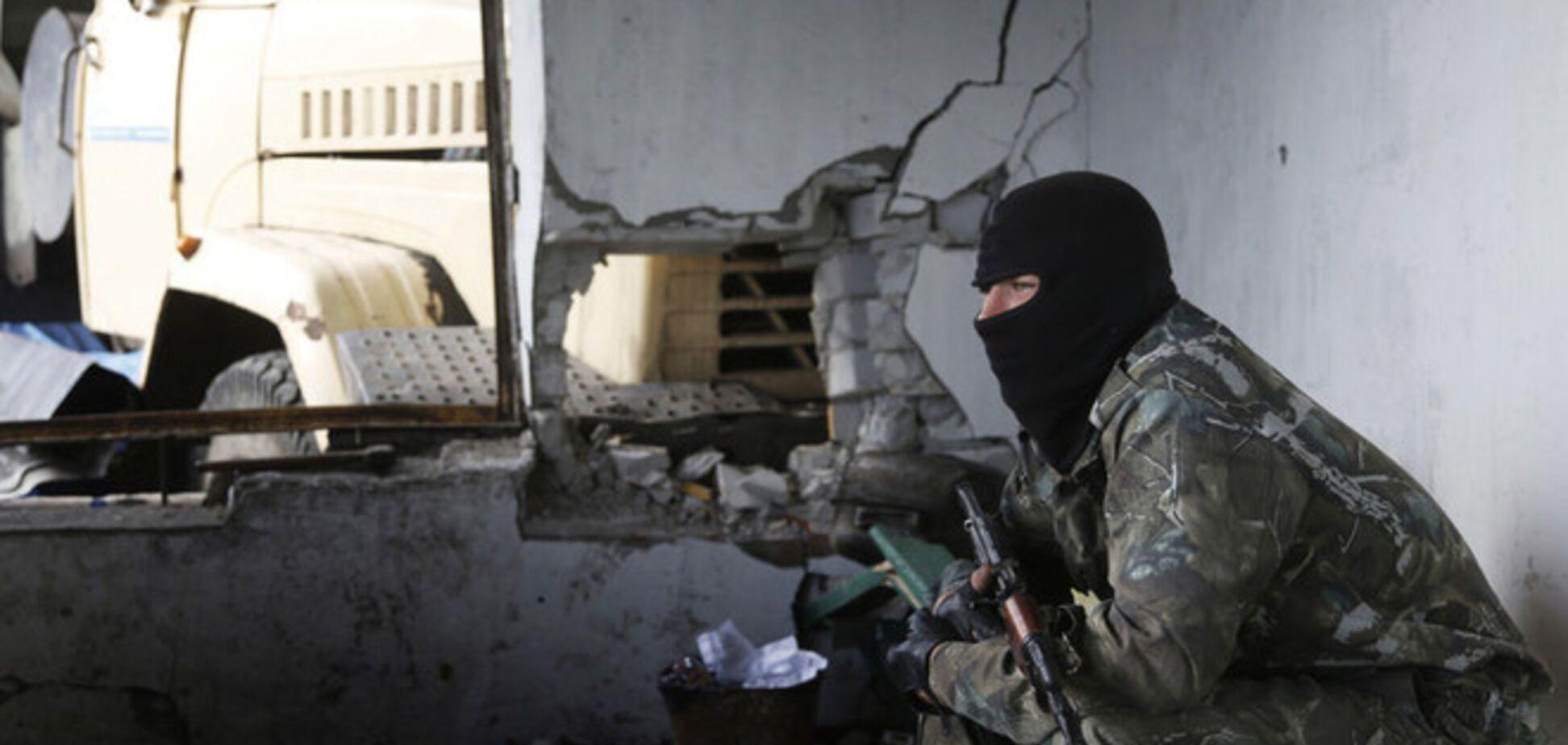 В Алчевске террористы захватили ОИК и похитили бюллетени