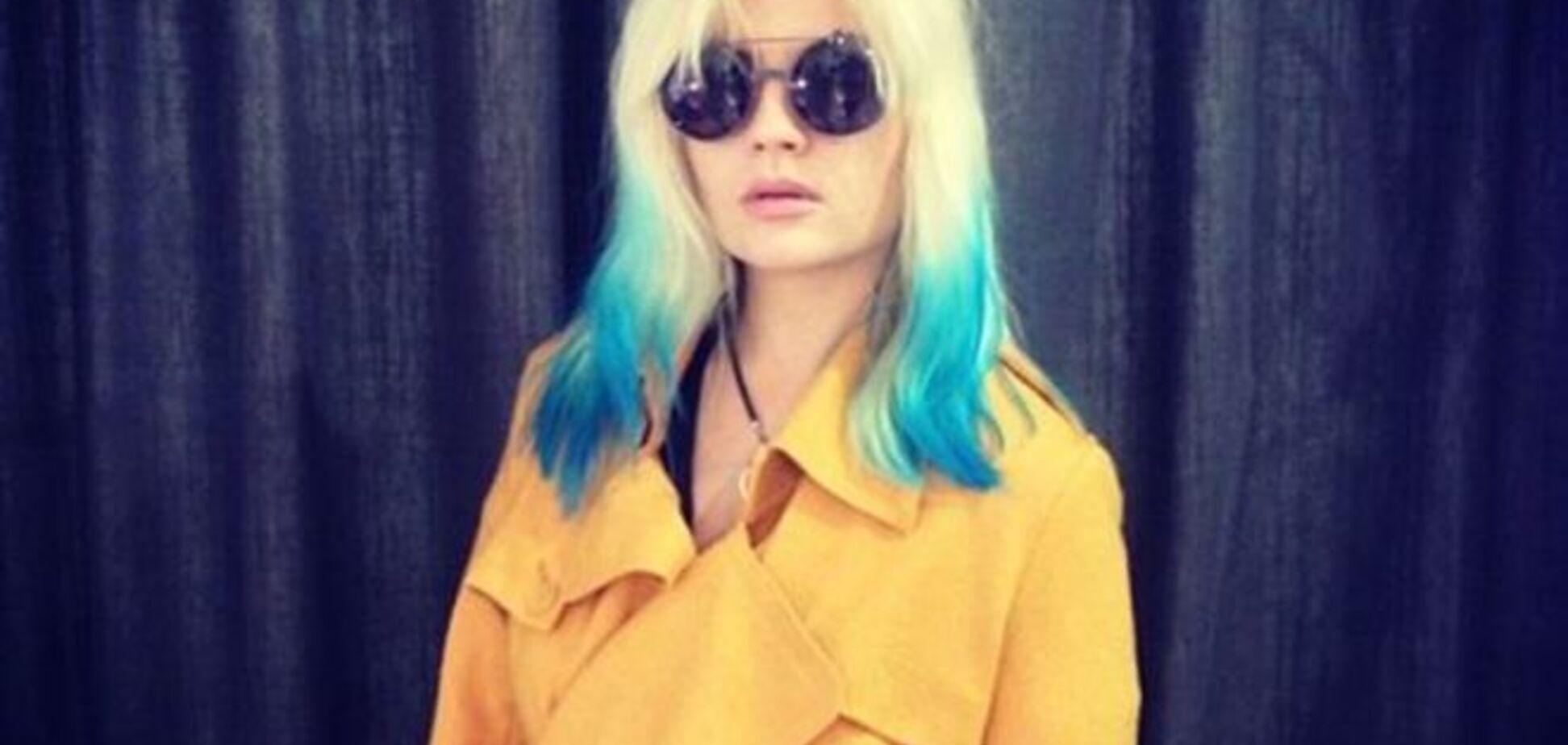 Маша Гойя перефарбувала волосся в кольори українського прапора