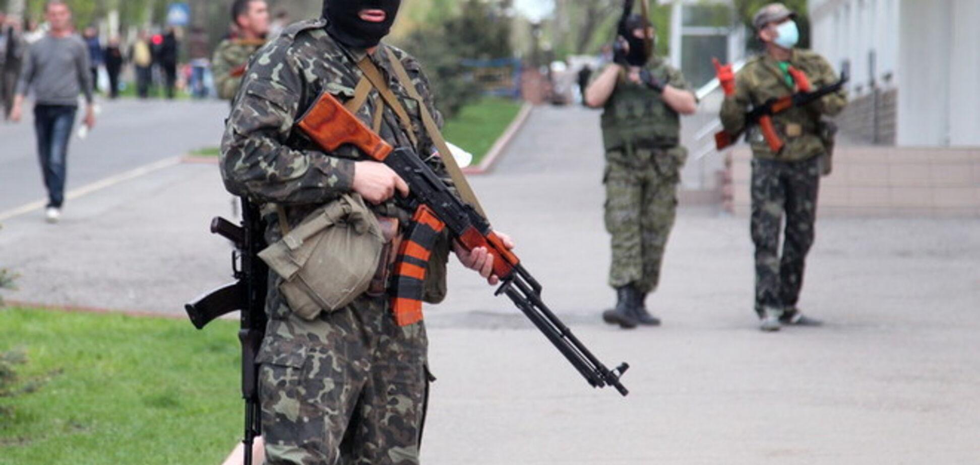Нацгвардия отбила штурм военкомата в Луганске