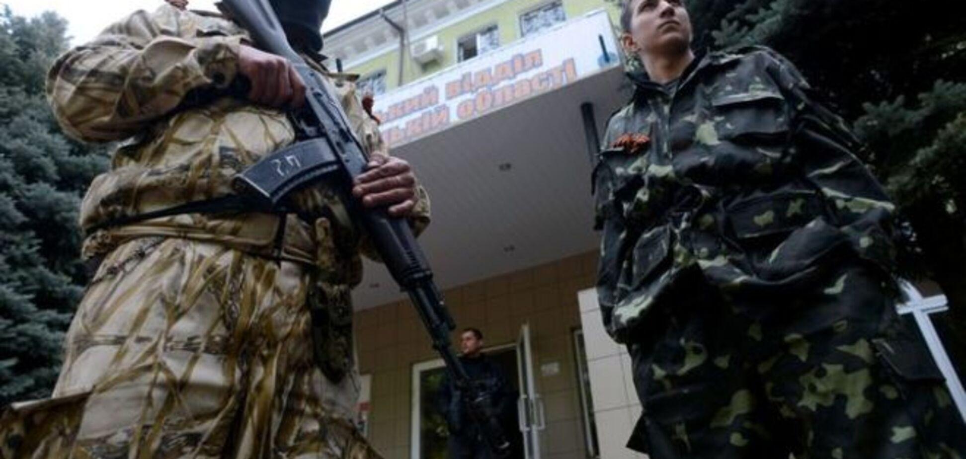 В Краматорске люди в камуфляже ограбили магазин мобильной связи