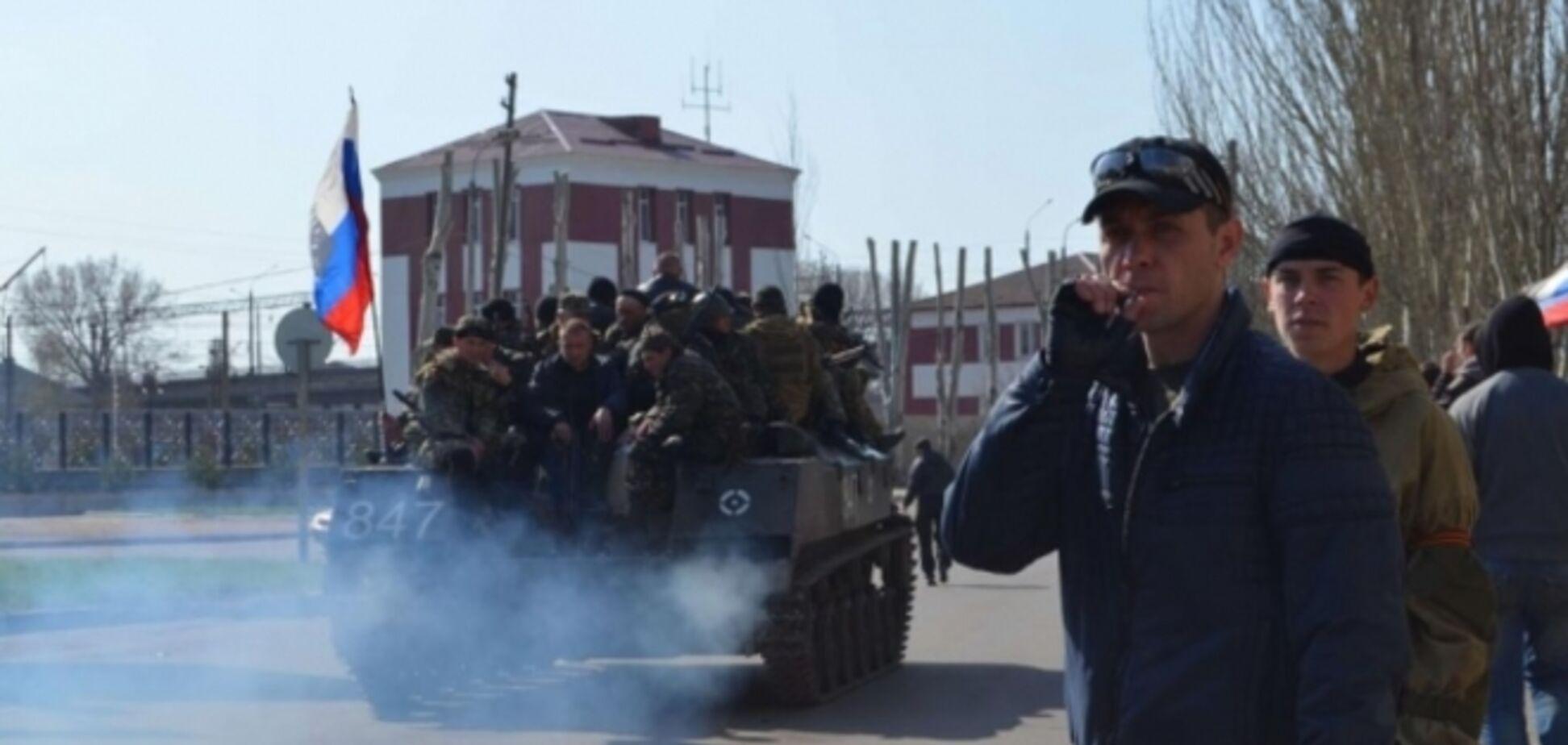 В Краматорске идут бои: гудят сирены и пылает транспорт