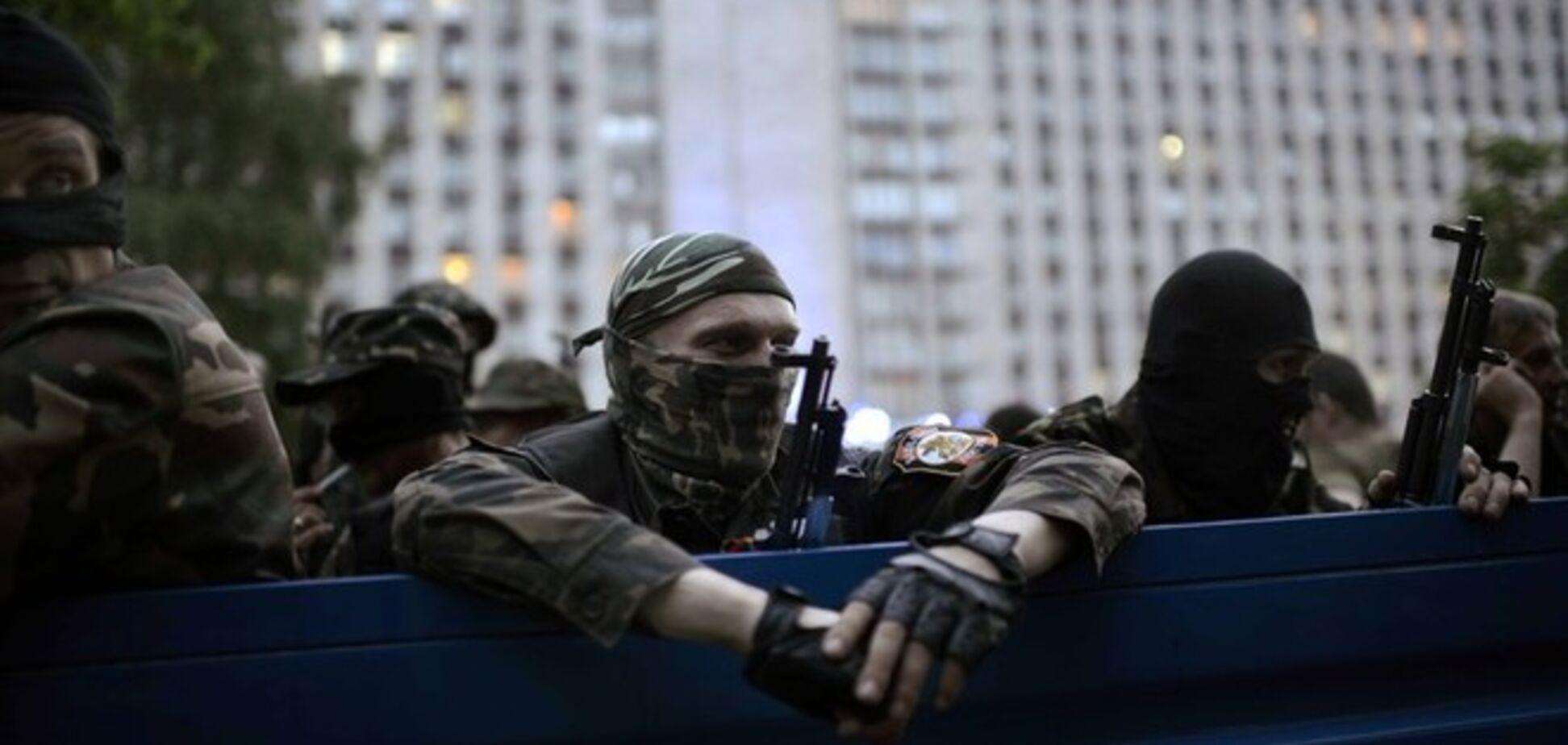 Плененных на Донетчине наблюдателей ОБСЕ могут обменять на террористов